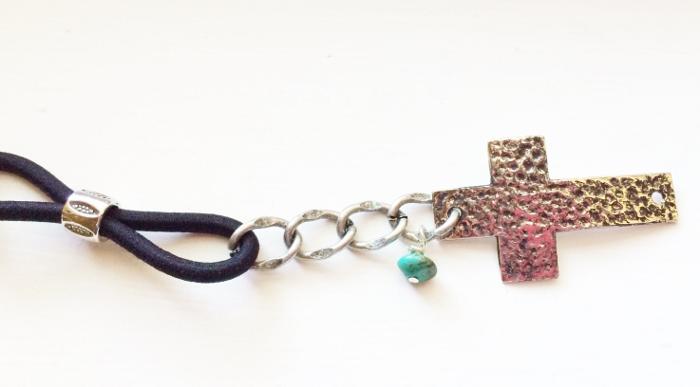 Cross Bracelet- Step 8