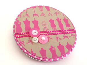 Embellished CD Tin for a Round Gift Card