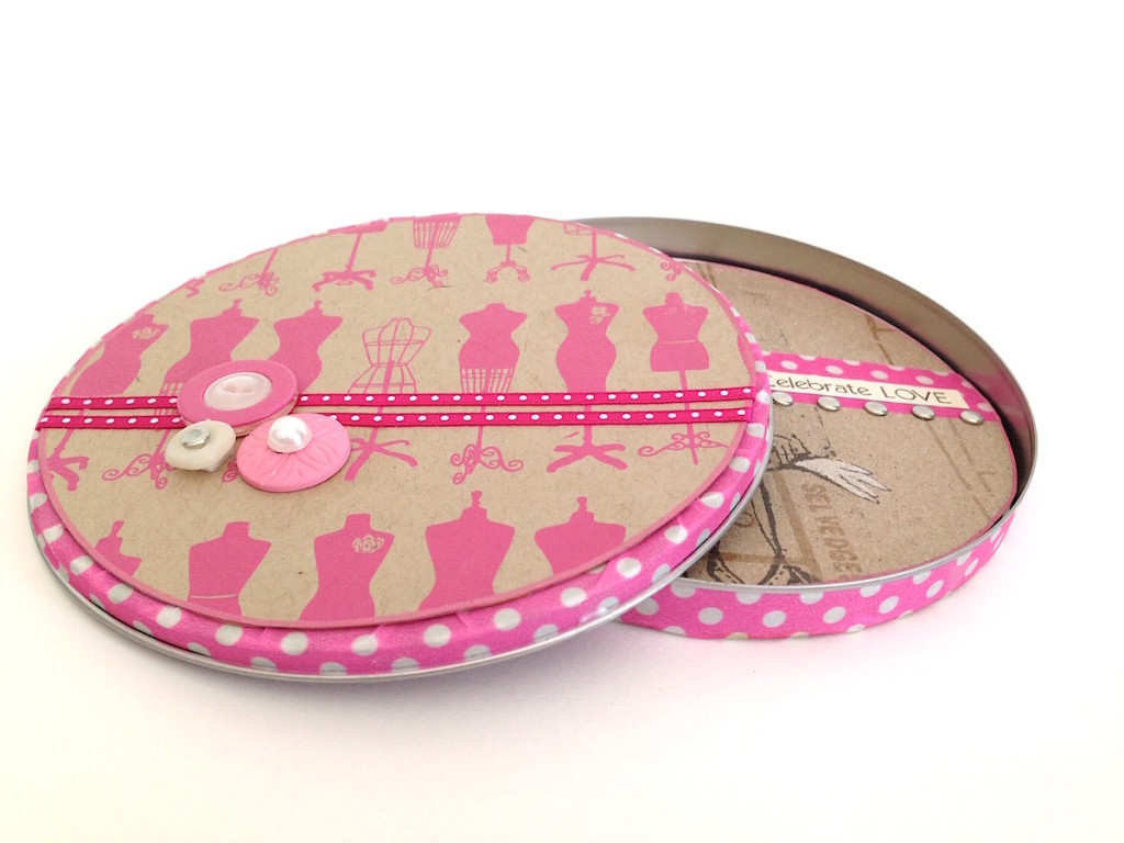 Round Card and Embellished CD Tin
