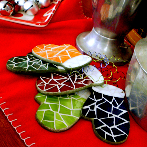 Mosaic Mitten Christmas Tree Ornament 2